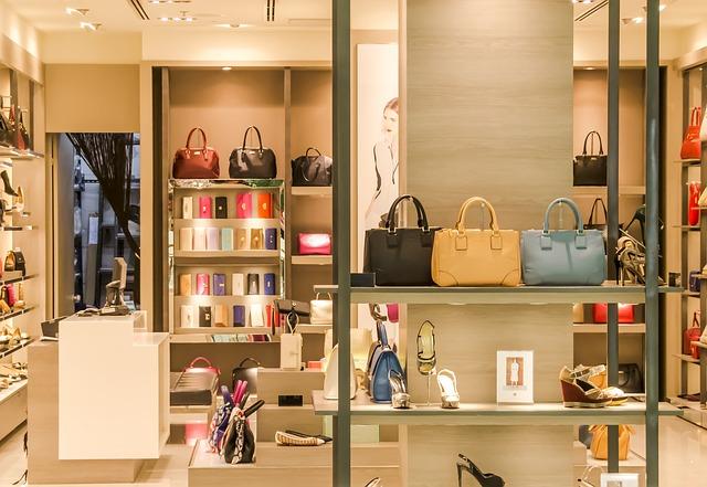 לימודי עיצוב חלונות ראווה ומיצוב חנויות