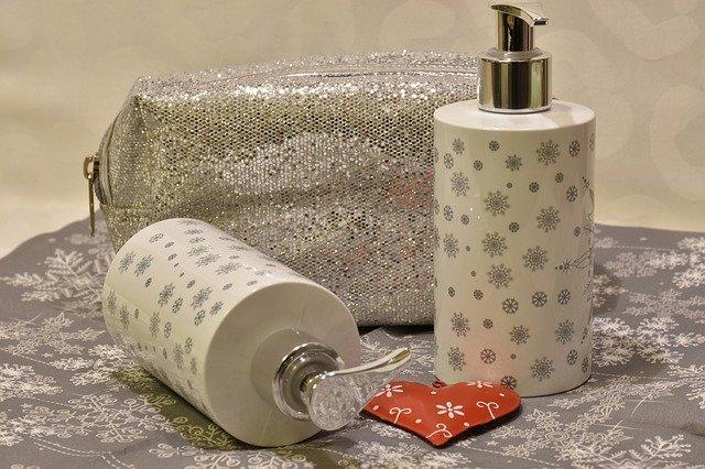 מוצרים לאמבטיה