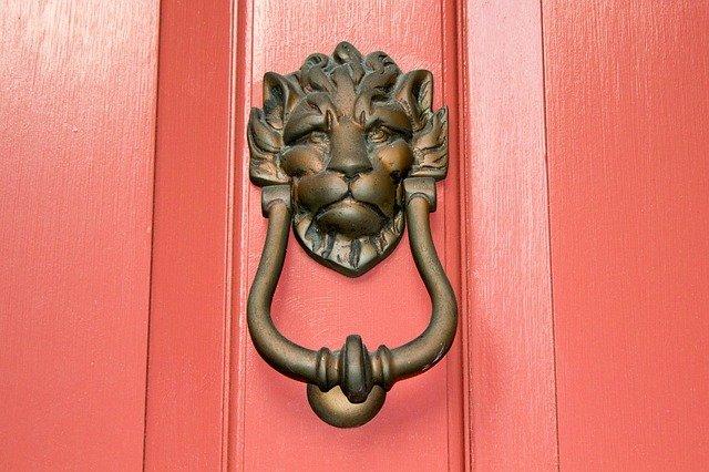 דלתות בהזמנה אישית