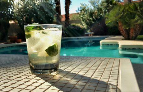 בריכות שחיה לגינה לקראת הקיץ שמגיע